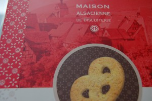 Biscuit folder