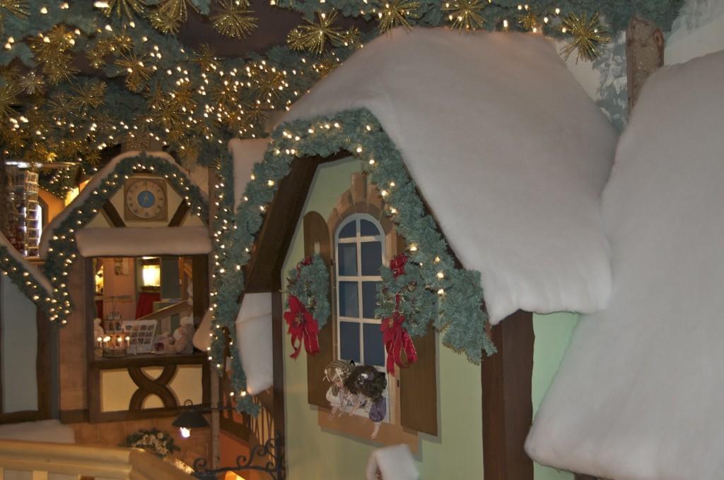 Christmas shop 3