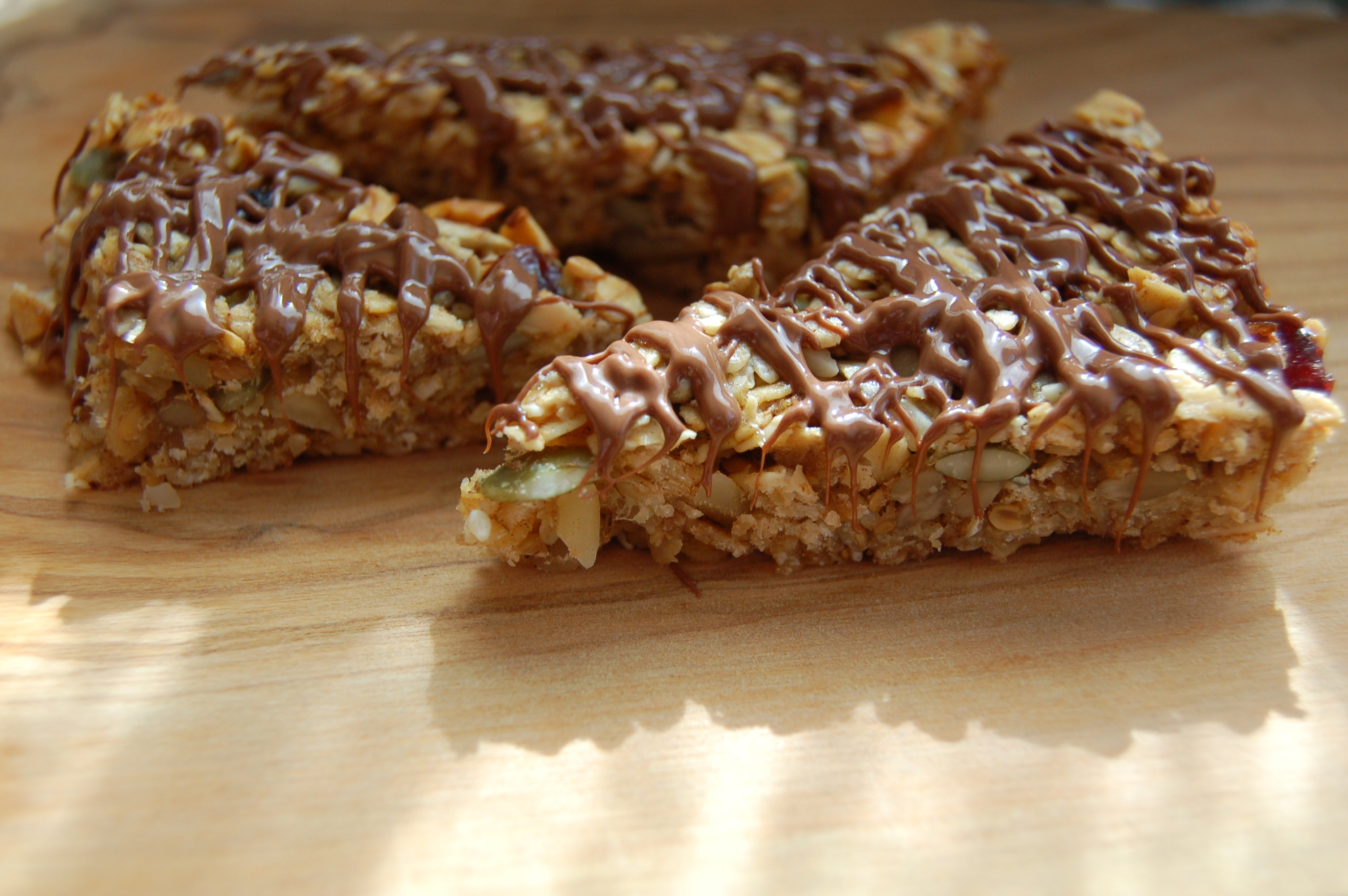 Healthy Banana, Oat And Chocolate Bars
